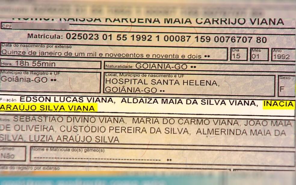Quatro irmãs conseguem na Justiça incluir o nome da madrasta nos documentos, em Goiânia (Foto: TV Anhanguera/ Reprodução)