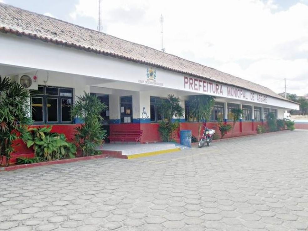O Ministério Público do Ceará realizou uma operação para investigar fraudes nos contratos da Prefeitura de Assaré, no Ceará — Foto: Reprodução