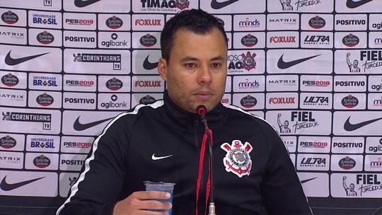 """Jair Ventura cita acordo por retomada e quer Corinthians """"de maneira digna"""" no Brasileirão"""