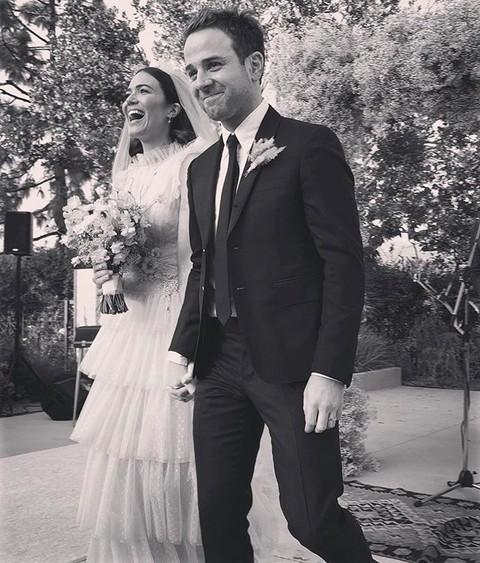A atriz e cantora Mandy Moore no seu casamento com o músico Taylor Goldsmith (Foto: Instagram)