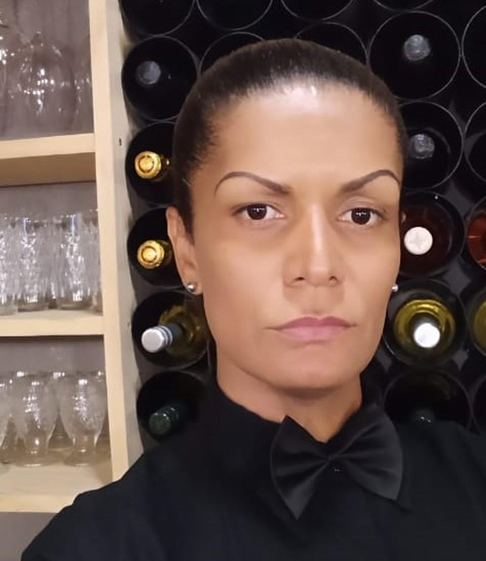 Roberta Martins desistiu do Enem depois de ficar sem renda durante pandemia.  — Foto: Arquivo pessoal
