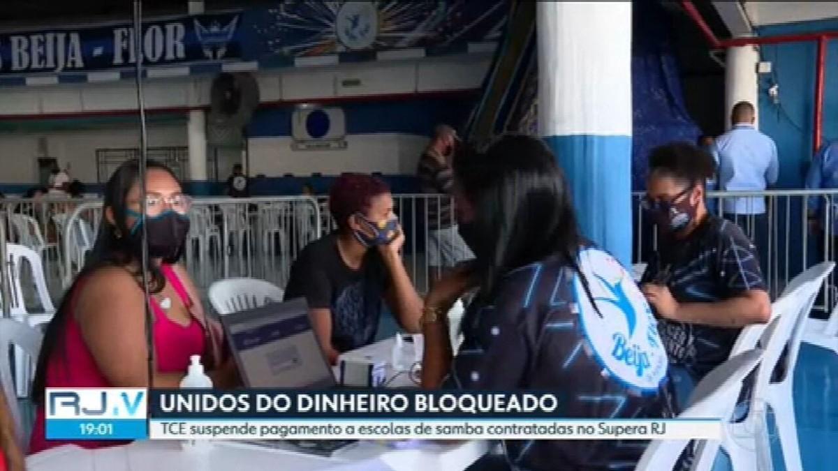 TCE-RJ suspende pagamento do governo às escolas de samba