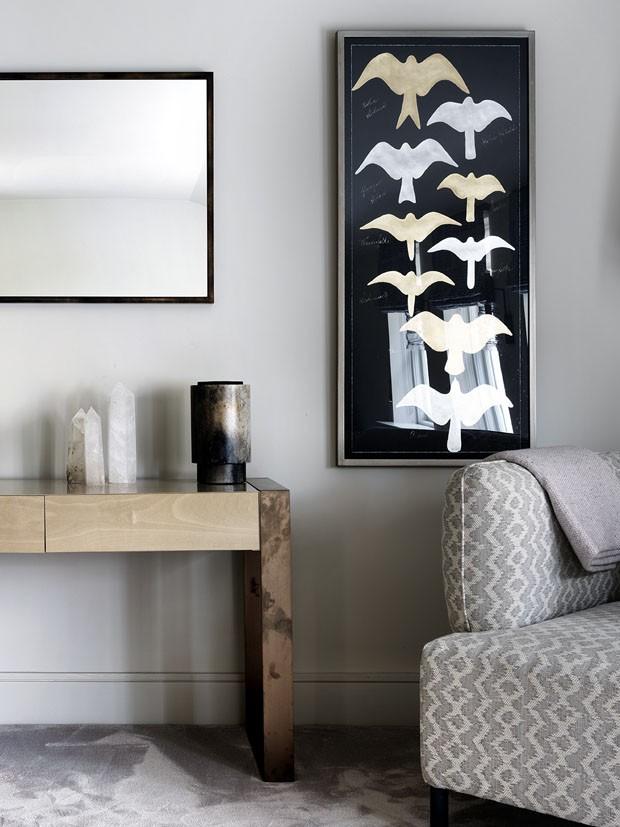 Mix de arte e estampas causa impacto em casa de cinco andares (Foto: Divulgação)