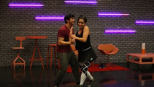 'Dança dos Famosos 2017': Elenco feminino comenta expectativa para dançar funk