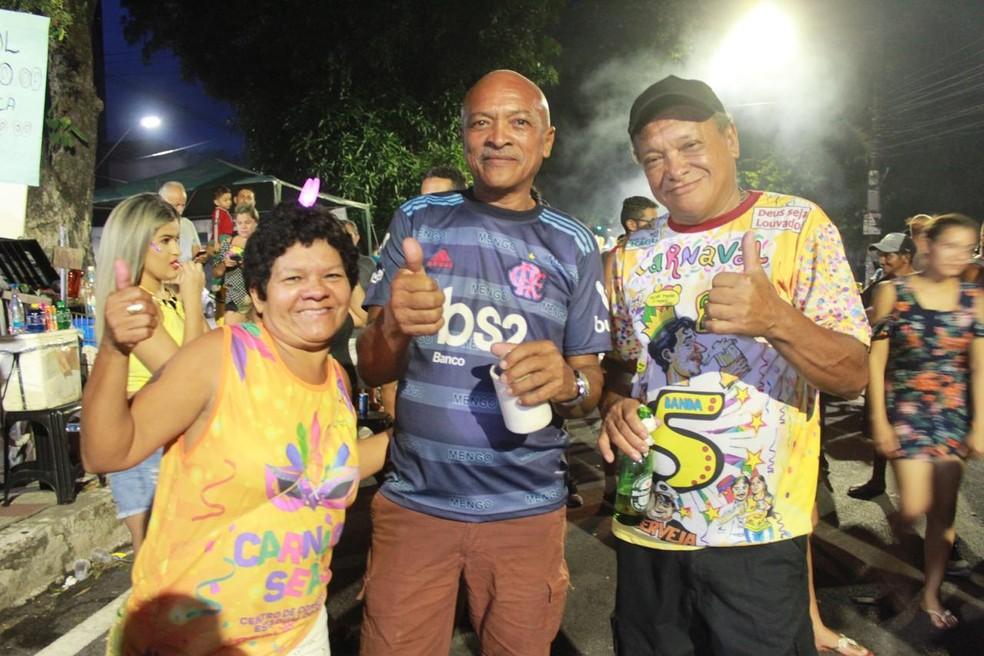 Direita pra esquerda: Rui Abreu, Renato Abreu (irmãos) e Solange Maciel (esposa do Rui) — Foto: Rickardo Marques/G1 AM