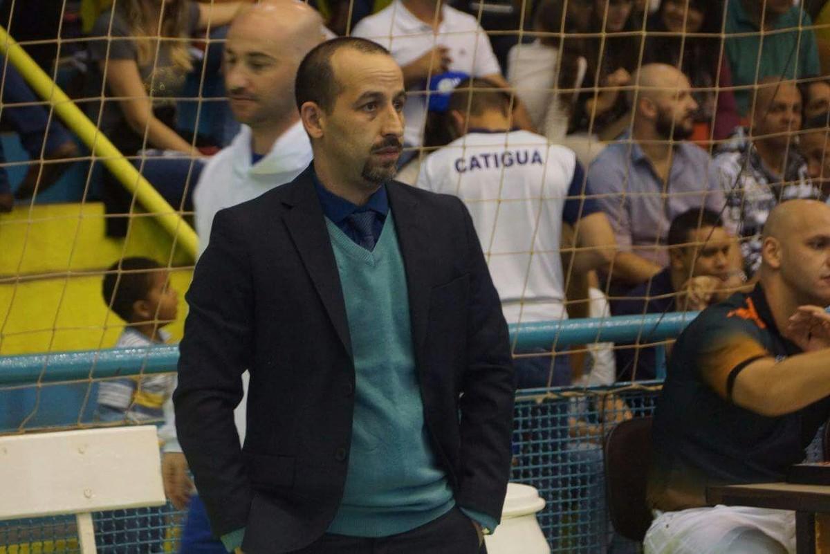 Futsal clássico sofreu críticas por regras que a Fifa quer adotar ... 7d5eae55c1faf
