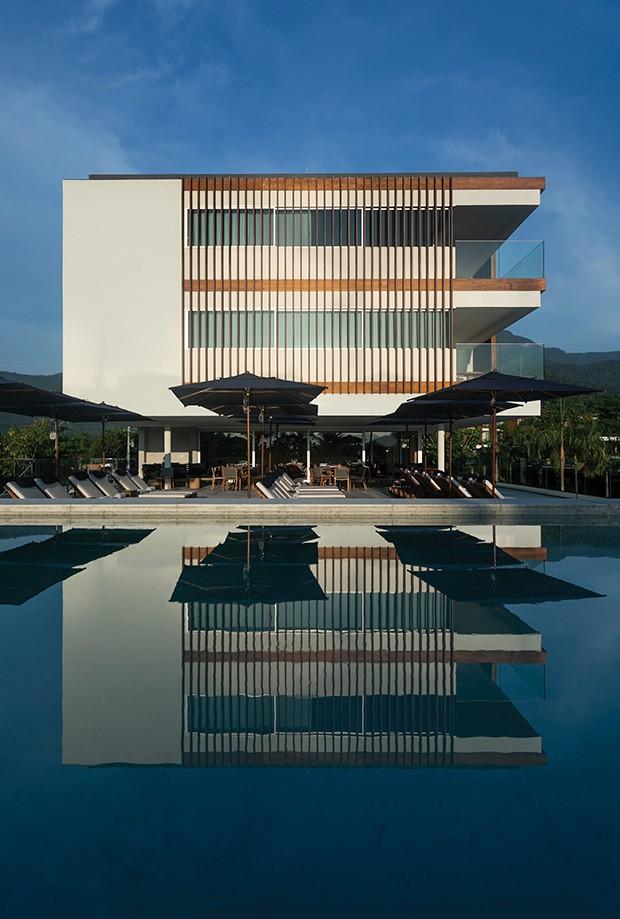 Festa: O hotel visto da piscina. (Foto: divulgação)
