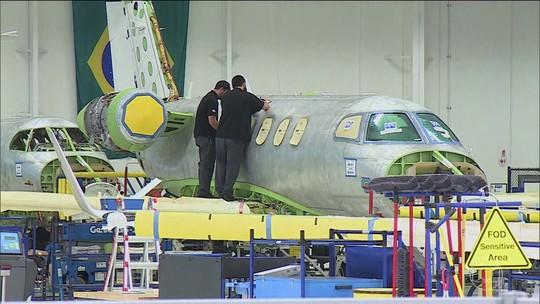 Acionistas aprovam fusão entre Embraer e Boeing