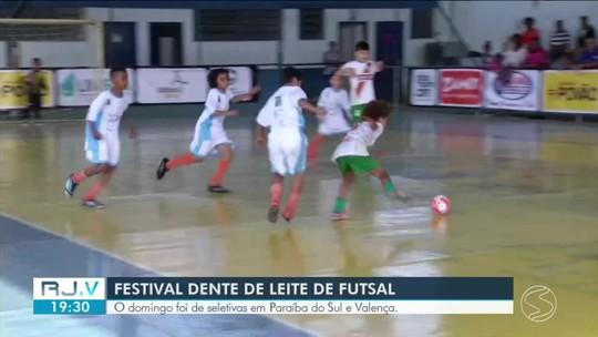 Domingo foi de seletivas do Festival Dente de Leite de Futsal em Paraíba do Sul e Valença