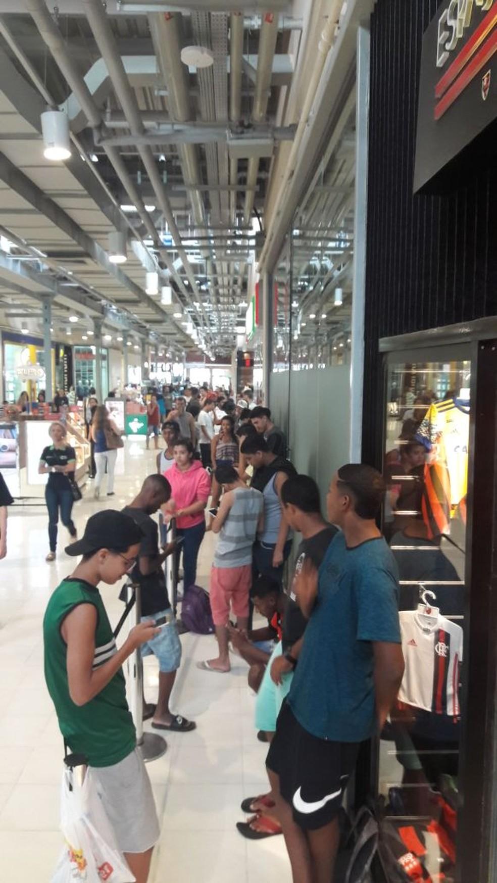 Fila por ingressos (Foto: Divulgação)