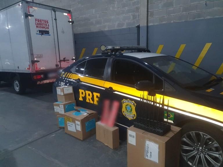 PRF recupera carga milionária de remédios roubada em rodovia no interior de SP