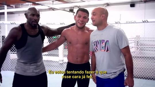 Antes de disputa por cinturão, Rafael dos Anjos recebe visita de BJ Penn