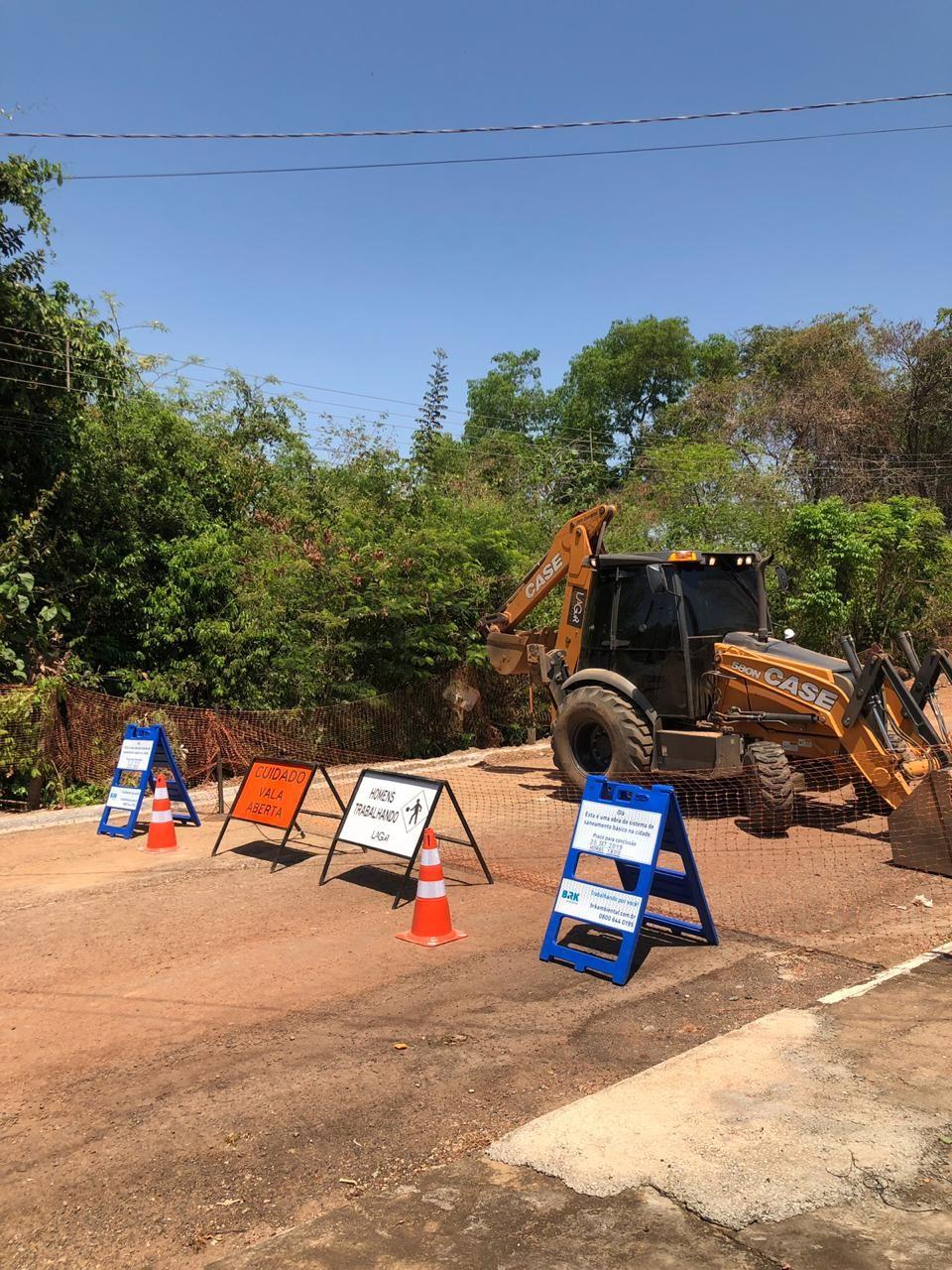 Colinas e Gurupi têm ruas interditadas ao longo da semana para realização de obras na rede de esgoto