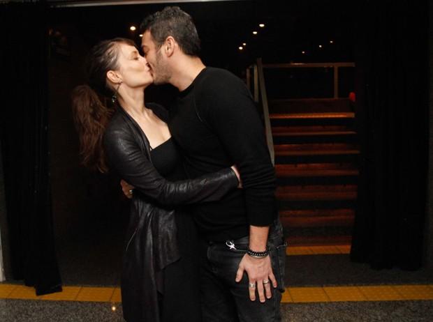 Marcos Veras e a namorada, Rosanne Mulholland (Foto: Marcos Ferreira/Brazil News)