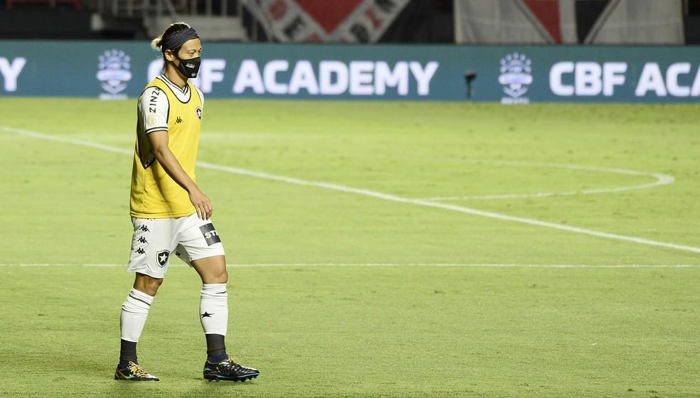 Honda não é mais jogador do Botafogo — Foto: Marcos Ribolli