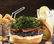 Hambúrguer de feijão preto: aprenda como prepará-lo