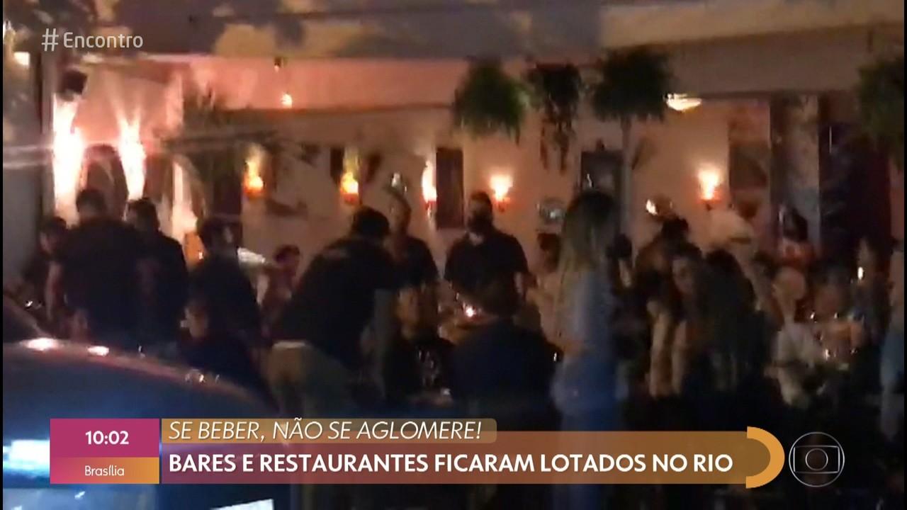 Bares e restaurantes lotam na reabertura no Rio de Janeiro