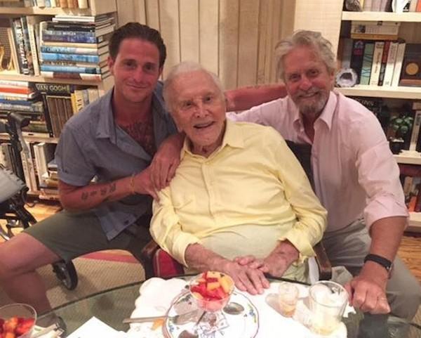 Cameron Douglas, Kirk Douglas e Michael Douglas (Foto: Instagram)