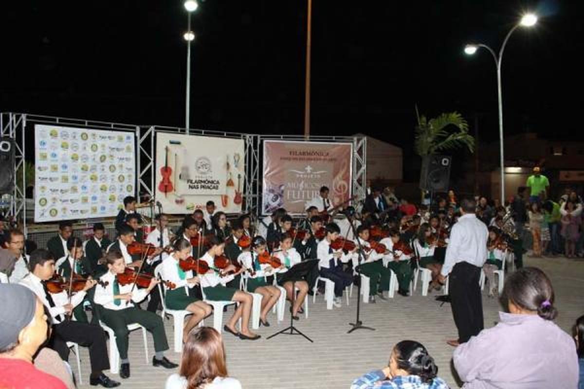 Projeto 'Músicos do Futuro' é oferecido para crianças e adolescentes em Arcoverde