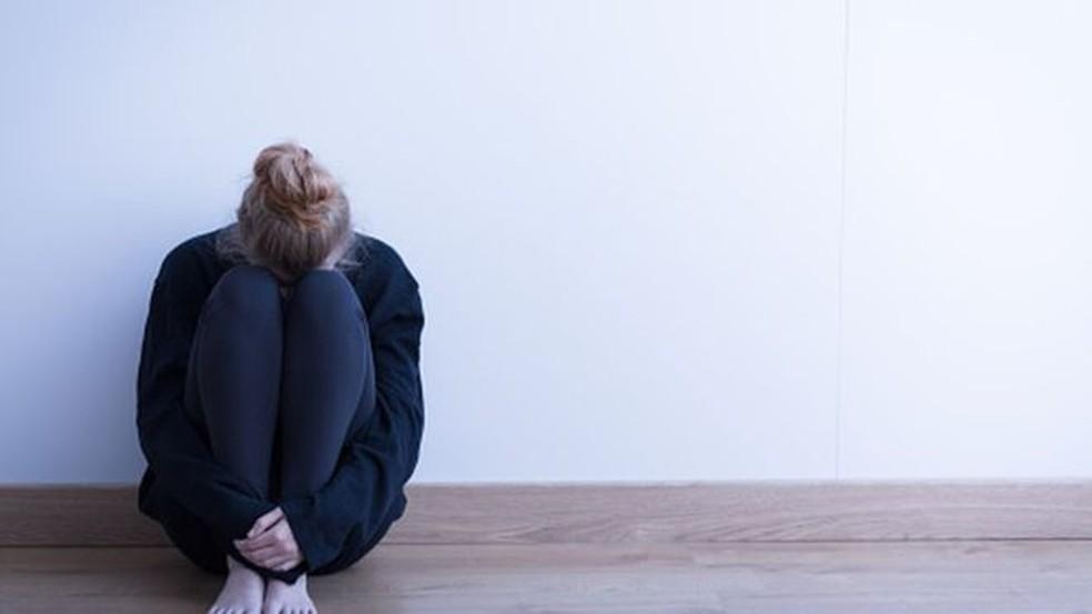 Suicídio ainda é tabu, mas especialistas defendem que deve ser mais debatido  (Foto: BBC/Thinkstock)