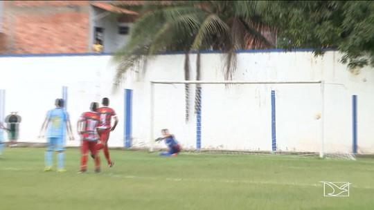São José vira pra cima do Pinheiro e entra na disputa pela classificação