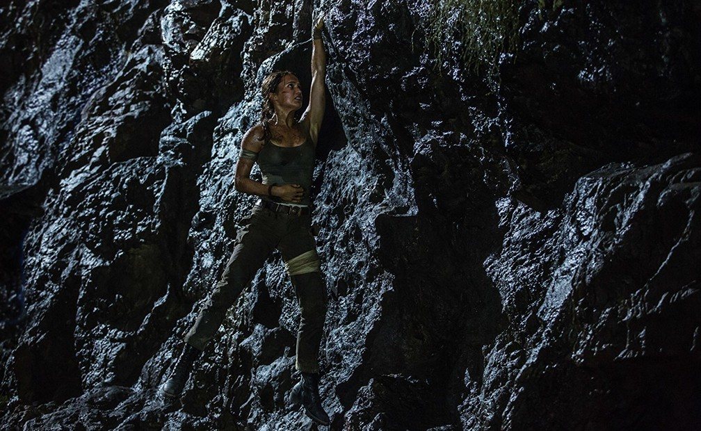 Alicia Vikander em cena de 'Tomb Raider' (Foto: Divulgação)