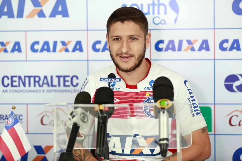 Zé Rafael, do Bahia, é um dos jogadores na mira do Santos para 2018 (Foto: Felipe Oliveira/Divulgação/EC Bahia)
