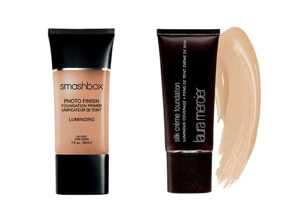 Photo Finish Primer Luminizing, Smashbox, R$ 79 e Base Iluminadora Silk Creme, Laura Mercier, R$ 195