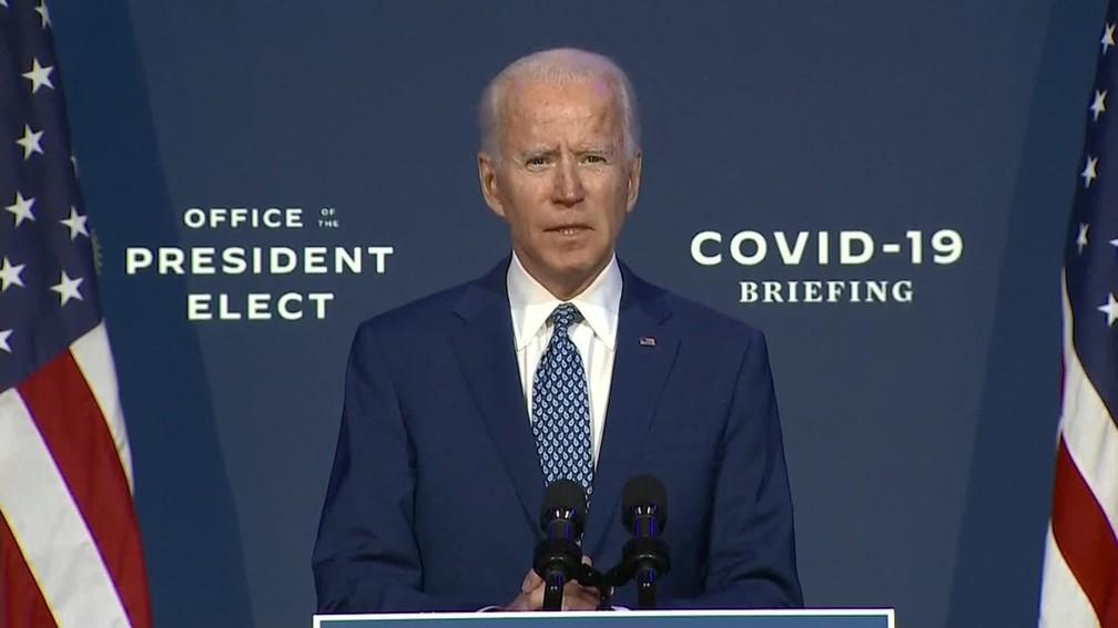 O presidente eleito dos EUA, Joe Biden, discursa nesta segunda-feira (9) — Foto: Reprodução/GloboNews