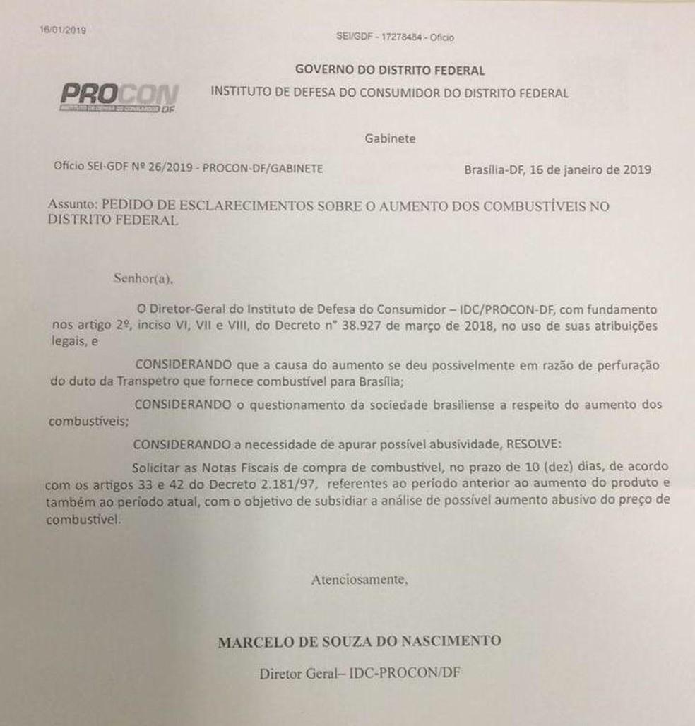 Notificação do Proncon a postos de gasolina no DF — Foto: Reprodução