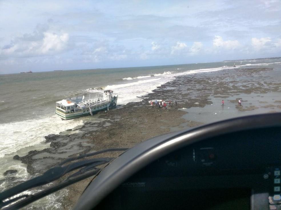 Resgate de vítimas em Mar Grande, na Bahia (Foto: Graer/ Divulgação)