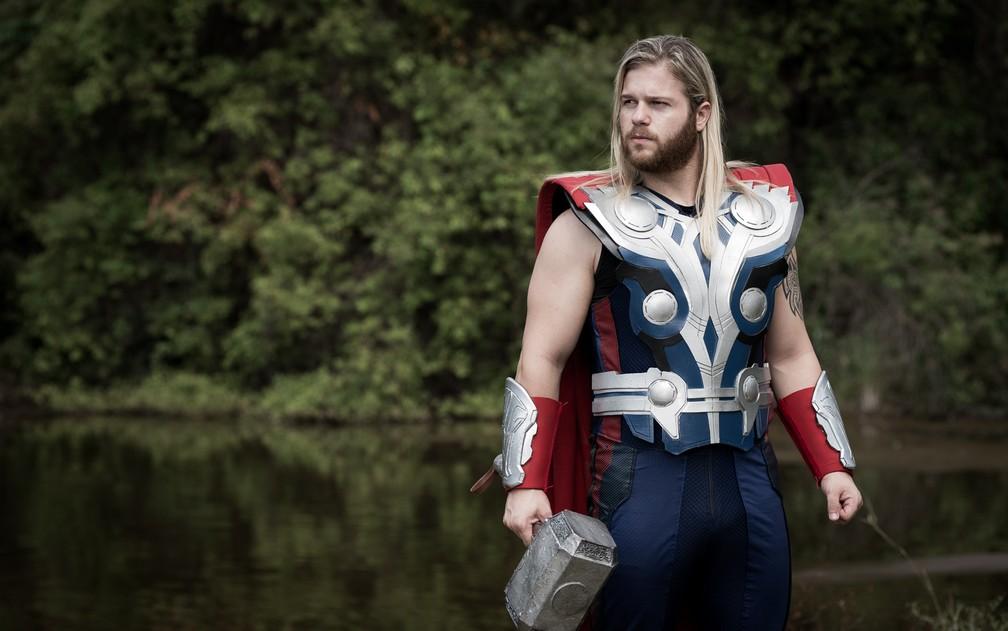 Jorge Gabriel Grassi, de Orlândia, revela rotina de dieta e exercícios para se manter próximo do personagem Thor (Foto: Érico Andrade/G1)