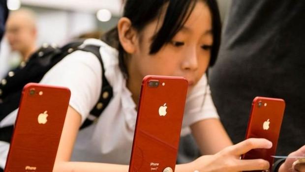 A prisão da diretora financeira da Huawei a pedido dos Estados Unidos já está gerando repercussões para empresas americanas. E a Apple pode ser uma das principais prejudicadas (Foto: GETTY IMAGES)