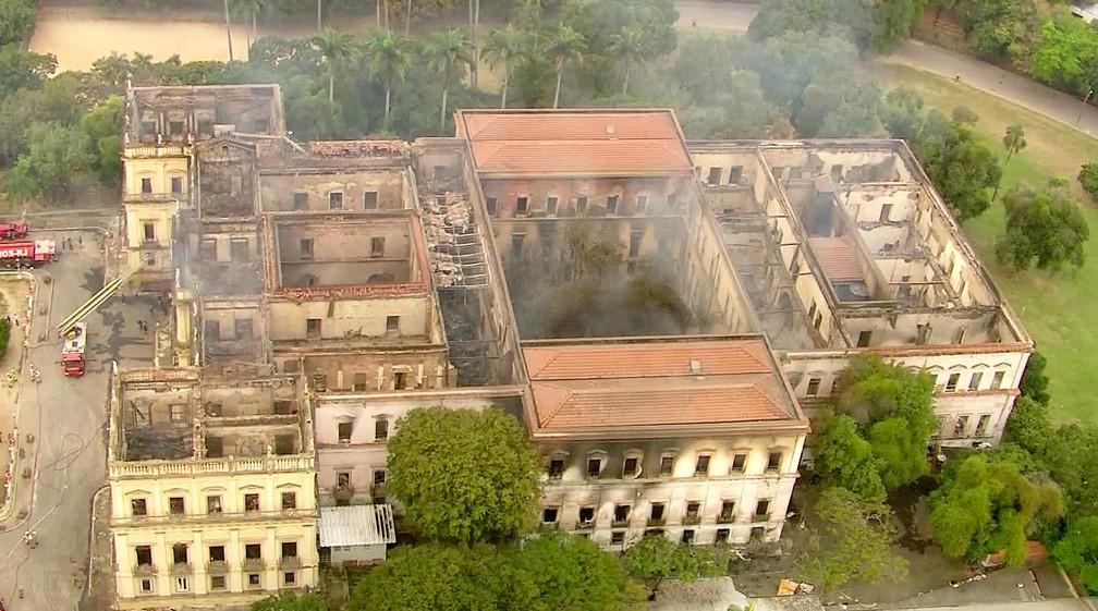 Museu Nacional do Rio destruído (Foto: Reprodução/TV Globo)