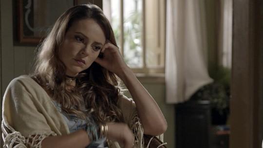 Melissa diz a Alex que Lívia matou o bebê que ela esperava