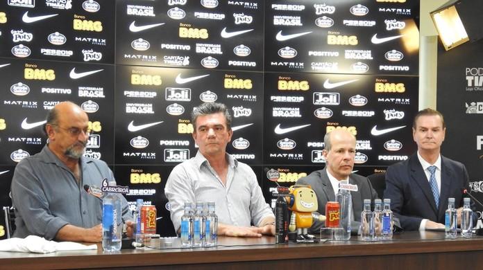 Corinthians oficializa BMG aa454fd5cec63