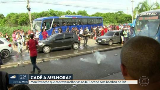 Protesto por melhorias no BRT acaba em confusão e bombas de gás na Zona Oeste do Rio