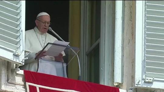 """""""Vergonha e tristeza"""", diz Vaticano sobre casos de abusos nos EUA"""