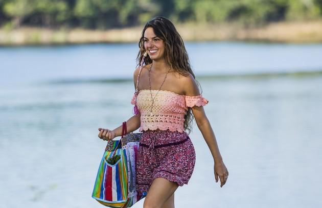 'A força do querer' está de volta ao ar na Globo. Na trama, Isis Valverde vive Ritinha, mulher meio sereia, nascida e criada em Parazinho (Foto: TV Globo)