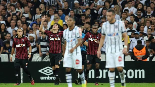 cleo Atlético-PR x Corinthians (Foto: Getty Images)