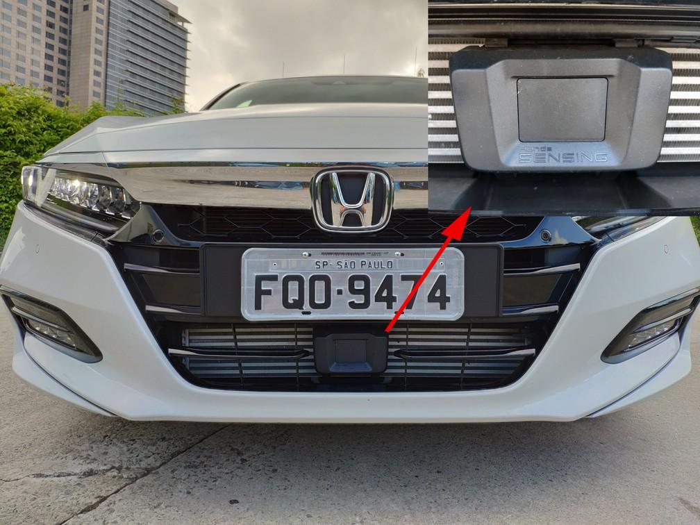 Sensor do Honda Sensing no Accord — Foto: André Paixão/G1