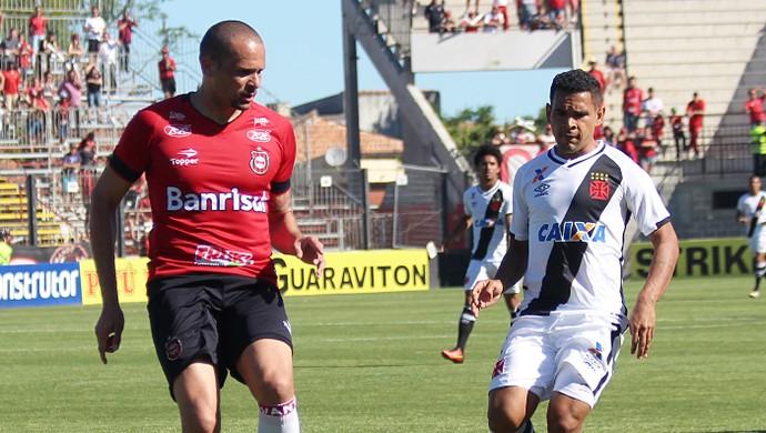 Éderson Leandro Camilo Vasco Brasil de Pelotas  (Foto: Carlos Gregório Jr/Vasco.com.br)