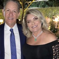 A ex-mulher de Bolsonaro, Ana Cristina Valle e o ministro do STJ e pai da noiva, João Otávio Noronha