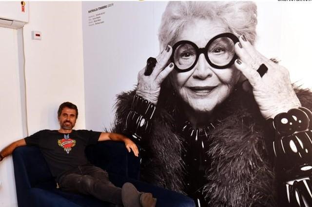 Eriberto Leão no camarim do Teatro Petra Gold (Foto: Cristina Granato)