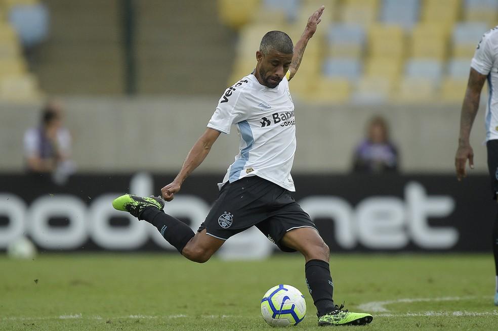 Léo Moura voltou a ser titular  — Foto: Grêmio FBPA/Divulgação