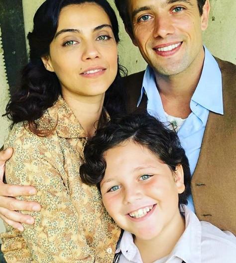 Letícia Persiles, Otávio Martins e Rafael Cardoso em 'Espelho da vida' (Foto: Reprodução Instagram)