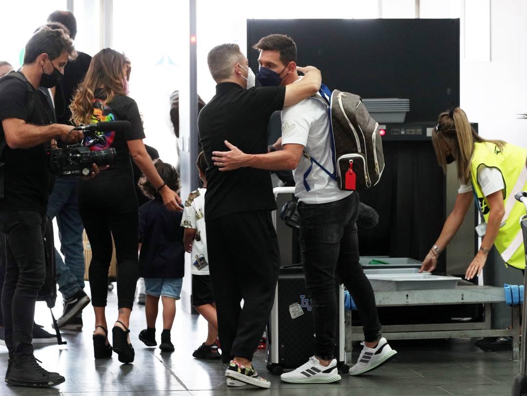 Messi em novo registro no aeroporto de Barcelona
