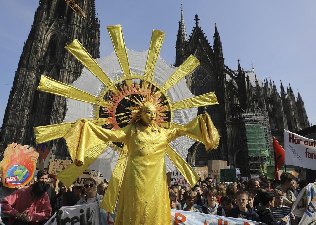 ap19144341151973 - Estudantes vão às ruas para o segundo protesto global contra a mudança climática