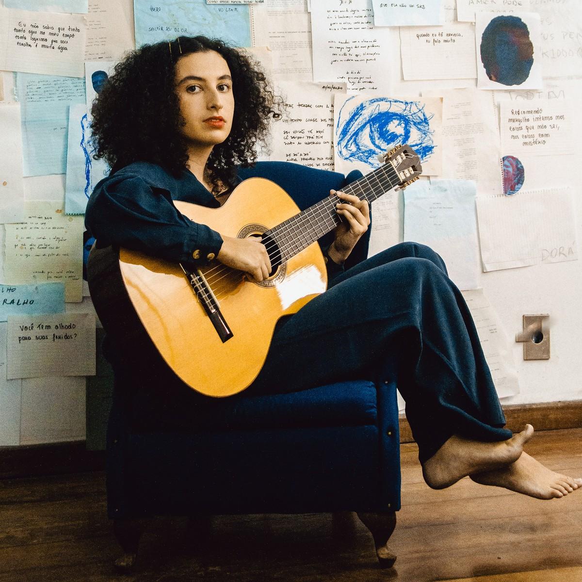 Dora Morelenbaum debuta solo em disco com a marca sonora do pai, Jaques Morelenbaum | Blog do Mauro Ferreira