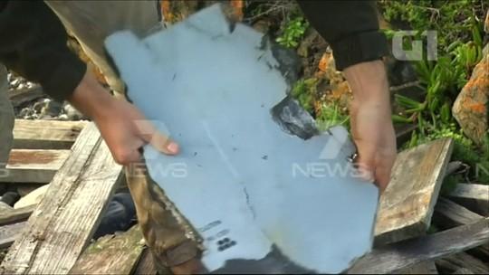 Novas possíveis peças do MH370 são achadas em Madagascar e Austrália